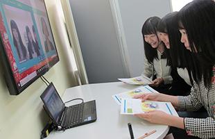 静岡インターナショナル・エア・リゾート専門学校:3対1のグループレッスン